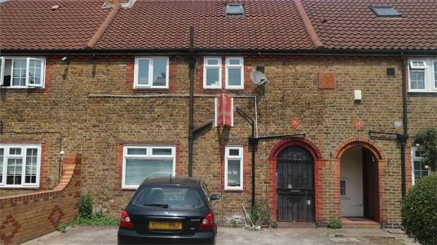 3 Bedrooms Terraced House for sale in Foxglove Street, London