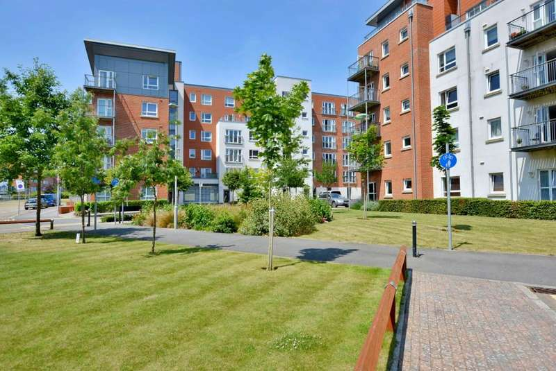 2 Bedrooms Apartment Flat for sale in Poole Town Centre BH15 1EQ