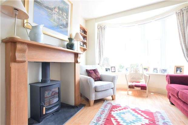4 Bedrooms Semi Detached House for sale in Okus Road, Charlton Kings, CHELTENHAM, Gloucestershire, GL53 8DU
