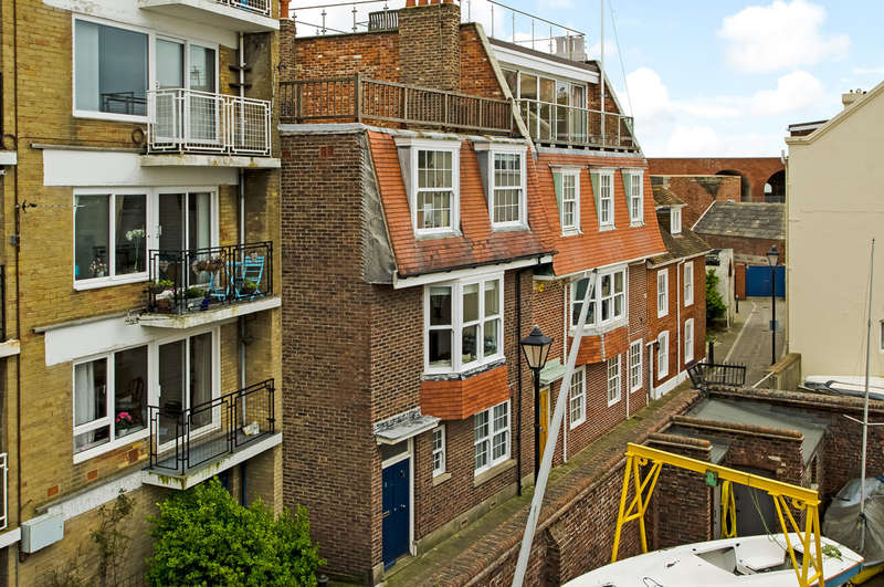 4 Bedrooms Terraced House for sale in Old Portsmouth, Hampshire