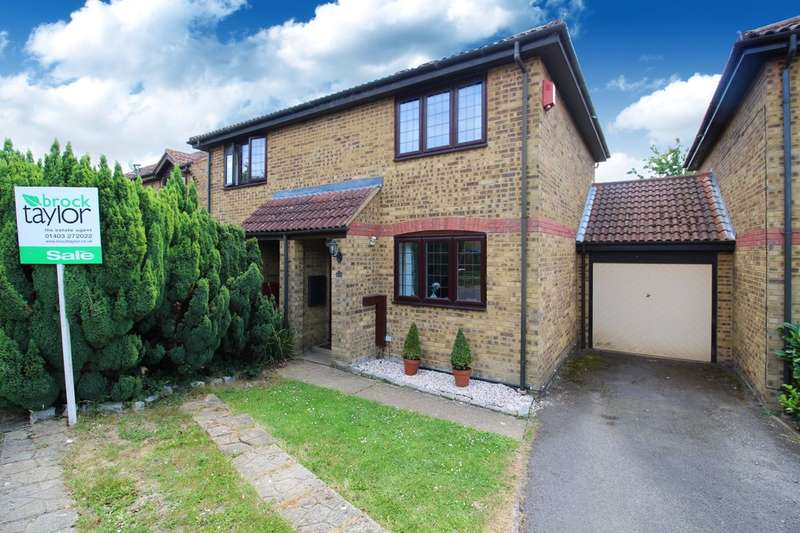 2 Bedrooms Semi Detached House for sale in Bamborough Close, Southwater