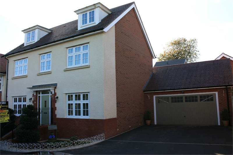5 Bedrooms Detached House for sale in Blacksmith Close, Oakdale, NP12