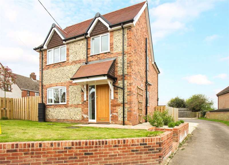 3 Bedrooms Detached House for sale in Baydon, Marlborough, Wiltshire, SN8