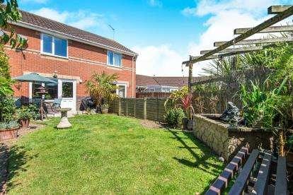 2 Bedrooms Terraced House for sale in Dussindale, Norwich, Norfolk