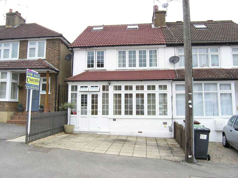 4 Bedrooms Semi Detached House for sale in Clapgate Road, Bushey