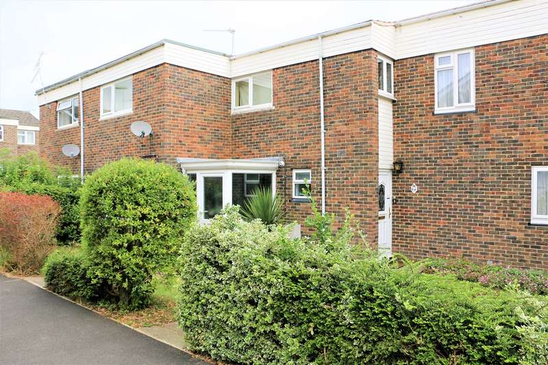 3 Bedrooms Terraced House for sale in Keats Close, Basingstoke, RG24