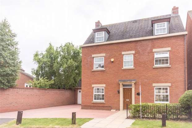 4 Bedrooms Detached House for sale in Thacker Drive, Lichfield, Staffordshire