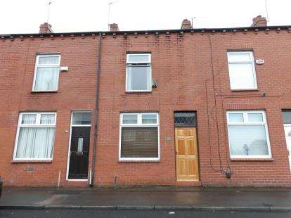 2 Bedrooms Terraced House for sale in St. Thomas Street, Halliwell, Bolton, Greater Manchester, BL1