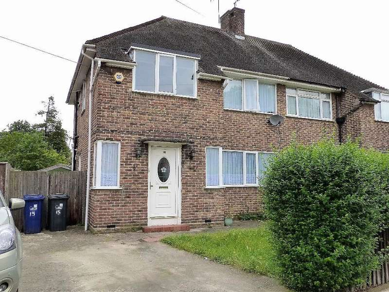 3 Bedrooms Semi Detached House for sale in Harp Road, Hanwell, W7 1JG