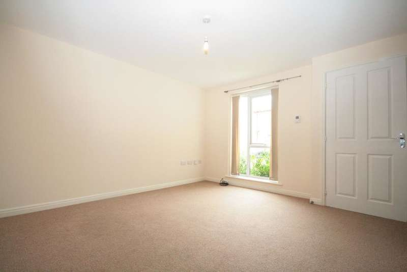 3 Bedrooms Terraced House for sale in Hodson Street, Southport, PR8 6SW