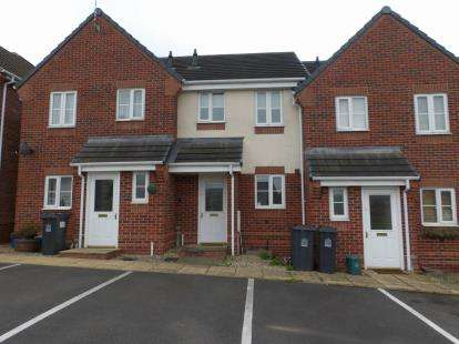 2 Bedrooms Town House for sale in Galingale View, Newcastle, Staffordshire
