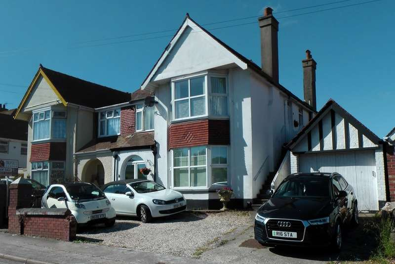 3 Bedrooms Flat for sale in Paris Road, Preston