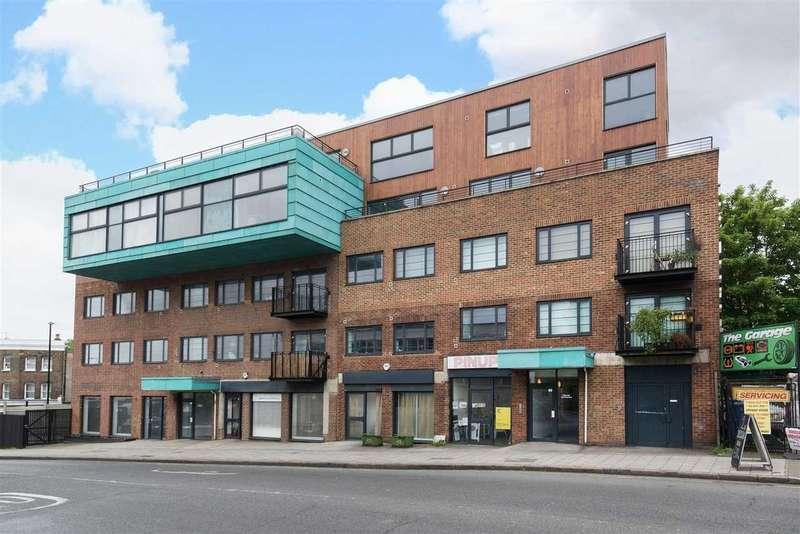 Studio Flat for sale in Endwell Road, Brockley