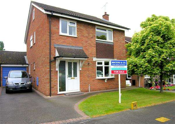 4 Bedrooms Detached House for sale in Chestnut Grove, Coleshill