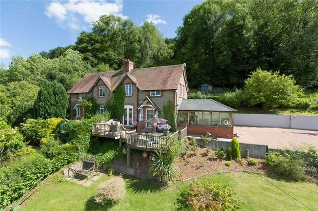 3 Bedrooms Cottage House for sale in 2 New Cottages, Leinthall Starkes, Ludlow, Shropshire