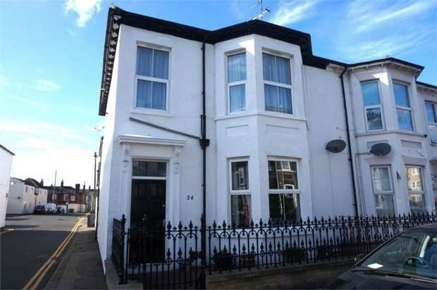 5 Bedrooms End Of Terrace House for sale in Wellesley Road, Great Yarmouth, Norfolk