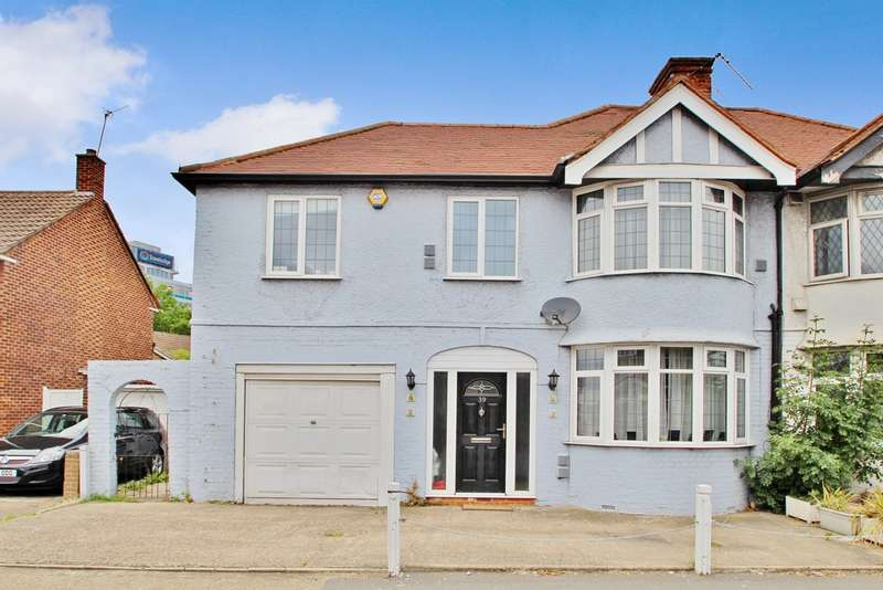 3 Bedrooms Semi Detached House for sale in Tolworth Rise North, Surbiton