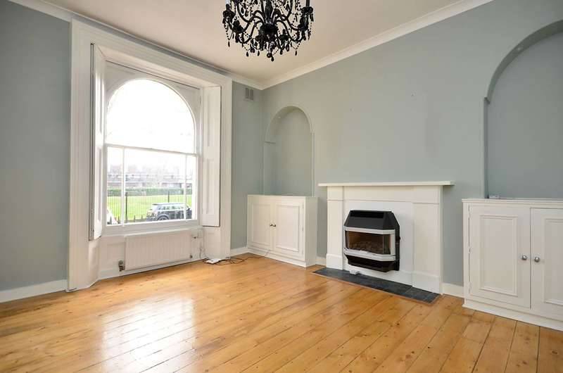 3 Bedrooms Flat for sale in Oakley Square, Camden, NW1