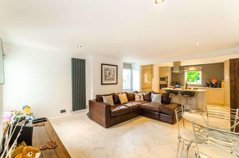 3 Bedrooms Maisonette Flat for sale in Winchester Road, Highgate, N6