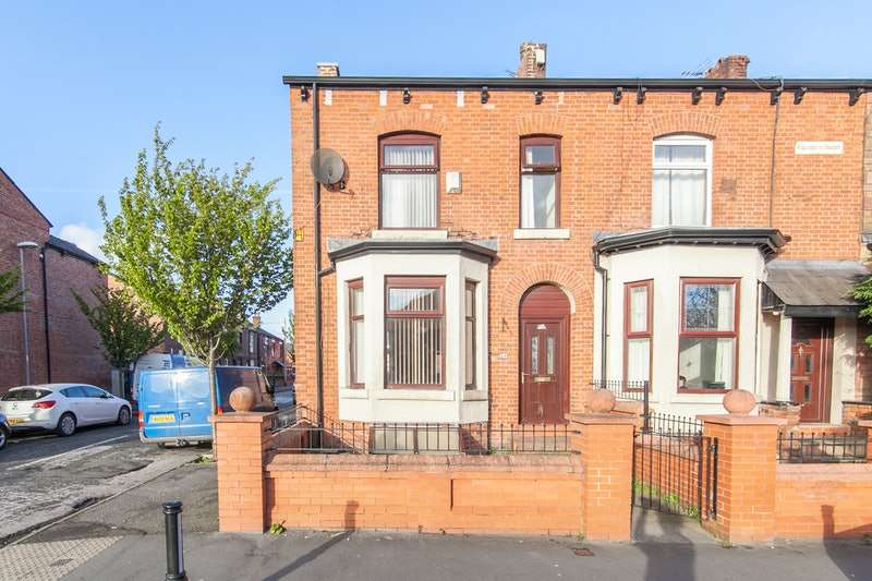 4 Bedrooms End Of Terrace House for sale in Culcheth Lane, Manchester, Greater Manchester, M40