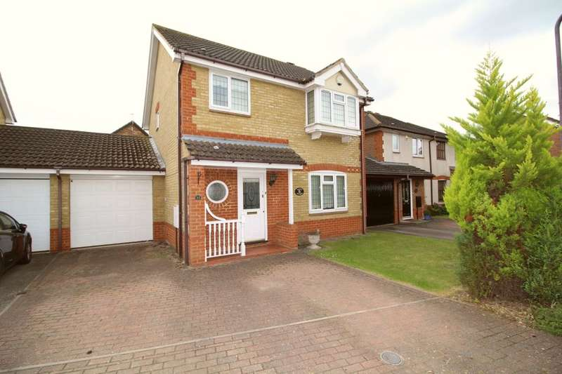 3 Bedrooms Detached House for sale in Mentmore Close, Great Denham, Bedford, MK40