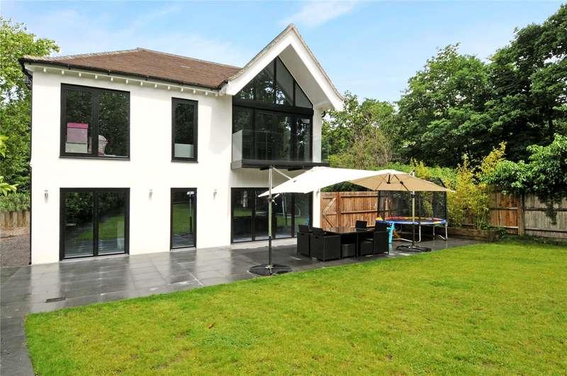 5 Bedrooms Detached House for sale in Horton Lane, Epsom, Surrey, KT19
