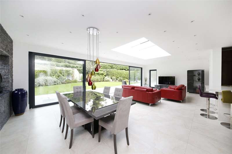 4 Bedrooms Detached House for sale in Old Dartford Road, Farningham, Dartford, Kent, DA4