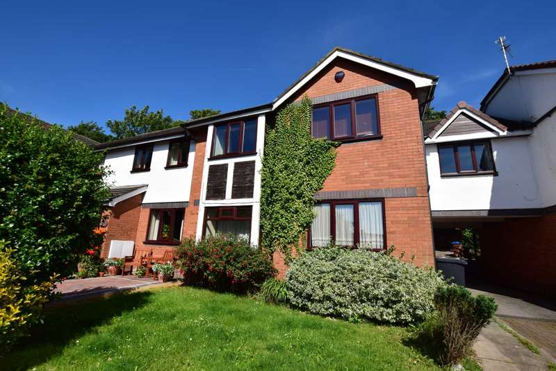 2 Bedrooms Apartment Flat for sale in The Conifers, Kirkham