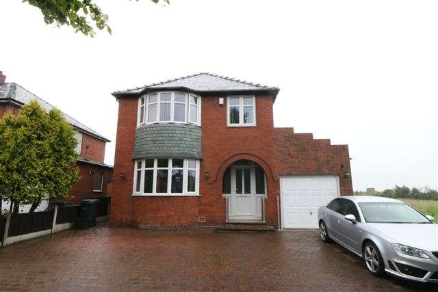 4 Bedrooms Detached House for sale in Warwick Road, Carlisle, Cumbria, CA1 2RZ