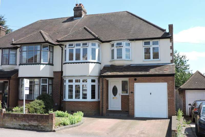 4 Bedrooms Semi Detached House for sale in Kingsdown Avenue, Luton, Bedfordshire, LU2 7BU