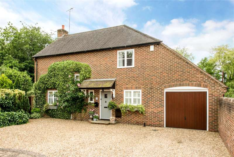 4 Bedrooms Detached House for sale in Highbank Gardens, Fordingbridge, Hampshire, SP6