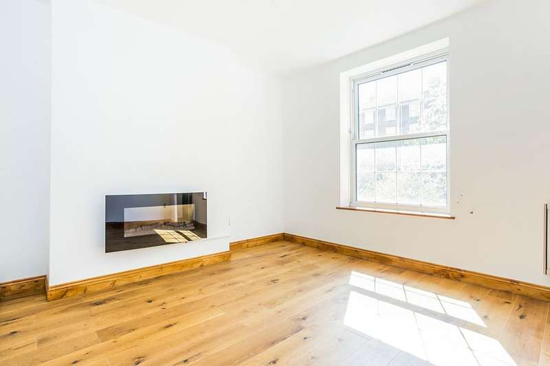 2 Bedrooms Flat for sale in Wilshaw House Deptford Church Street, LONDON, SE8