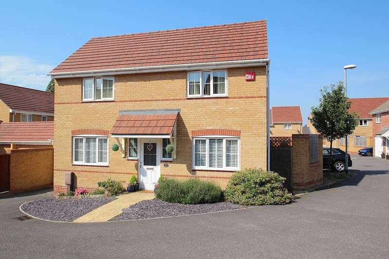 3 Bedrooms Detached House for sale in PORTCHESTER BORDERS
