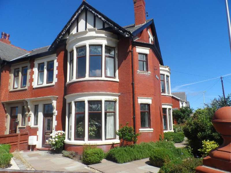 5 Bedrooms Property for sale in 64, Blackpool, FY2 9UQ