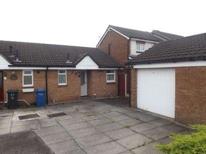 1 Bedroom Bungalow for sale in Gairloch Close, Fearnhead, Warrington, Cheshire