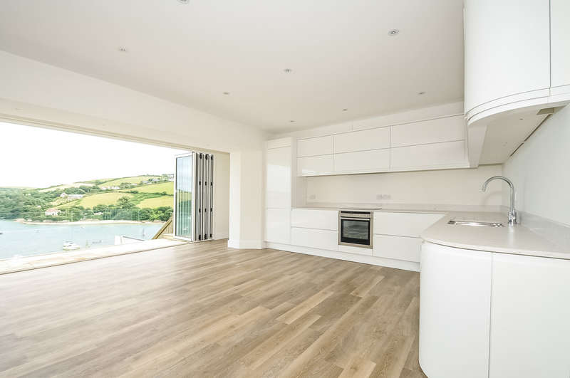 3 Bedrooms Flat for sale in Devon Road, Salcombe, South Devon