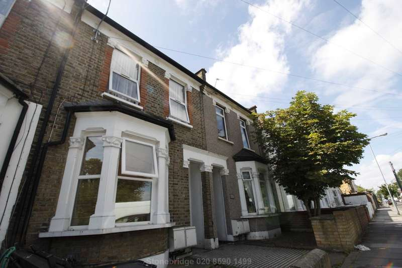1 Bedroom Flat for sale in Stanley Road, Ilford, Essex, IG1