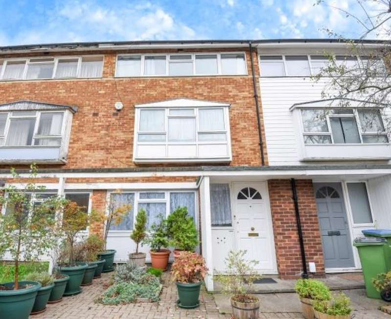 2 Bedrooms Maisonette Flat for sale in Fairby Road, Lee, London, SE12 8JP