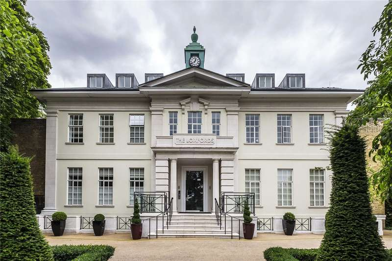 3 Bedrooms Flat for sale in Highbury Park, London, N5