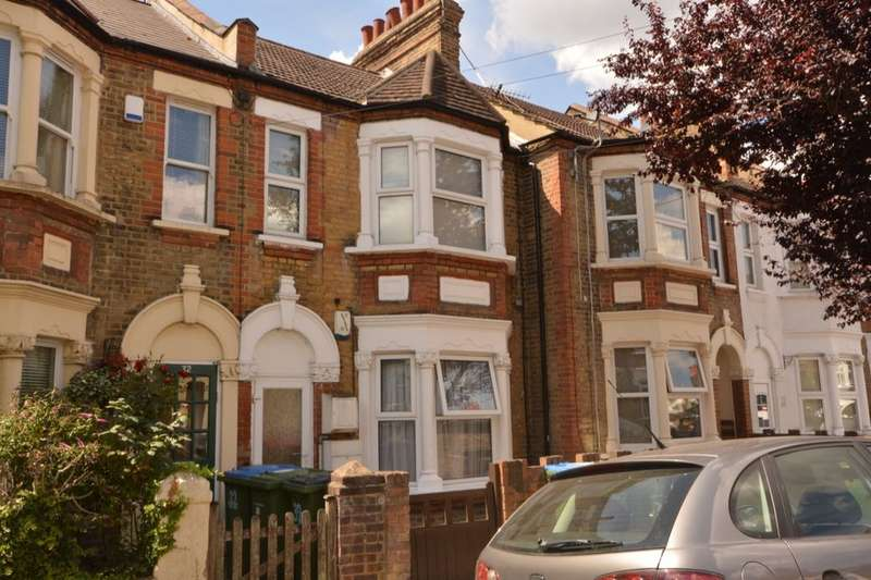 2 Bedrooms Flat for sale in Gatling Road, London, SE2