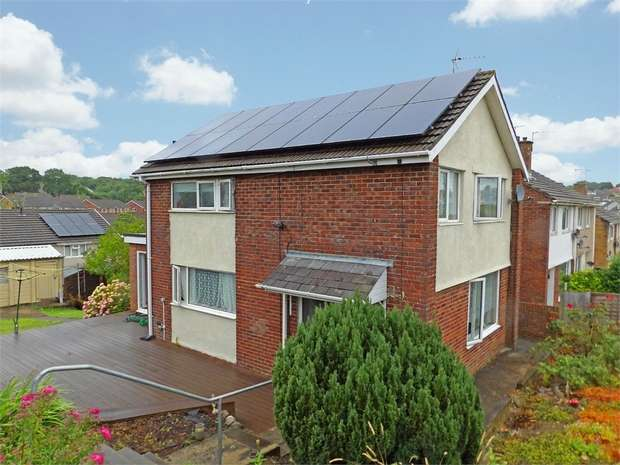 3 Bedrooms Detached House for sale in Merlin Crescent, Bridgend, Mid Glamorgan
