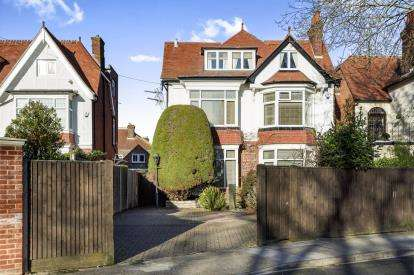 7 Bedrooms Detached House for sale in Southsea, Hampshire, United Kingdom