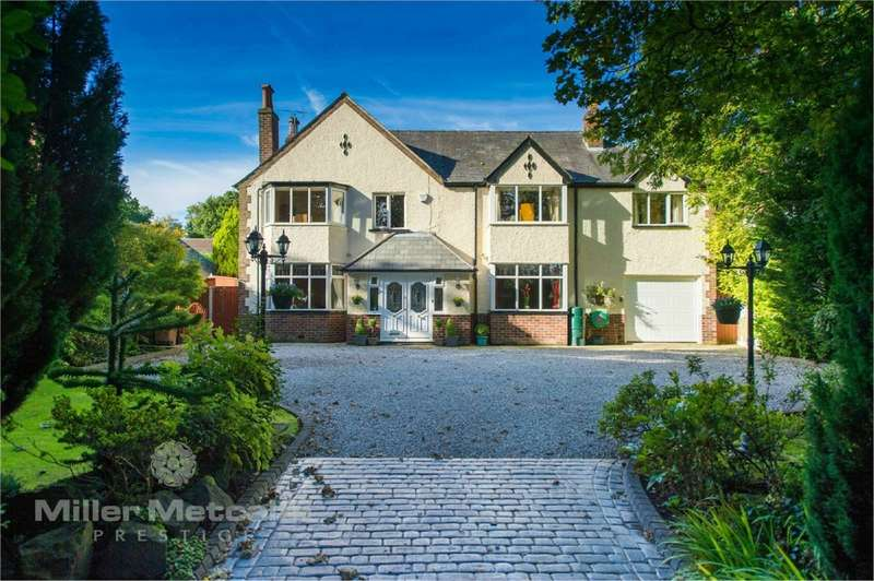 5 Bedrooms Detached House for sale in Preston Road, Whittle-le-Woods, Chorley, Lancashire