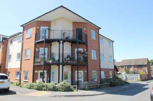 2 Bedrooms Flat for sale in Forest Road, Midhurst, West Sussex