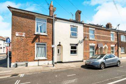 2 Bedrooms Terraced House for sale in Portsmouth, Hampshire, England