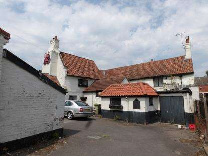 4 Bedrooms Detached House for sale in Marton Road, Sturton By Stow, Lincoln