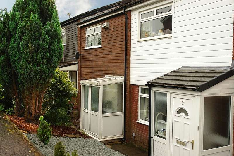 2 Bedrooms Town House for sale in 11 Blueberry Drive, Shaw