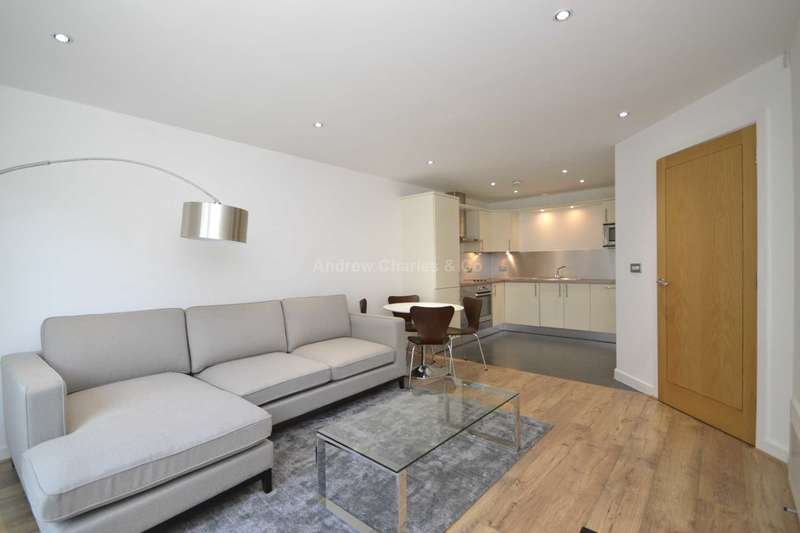 1 Bedroom Apartment Flat for sale in Brewery Square, Clerkenwell EC1V