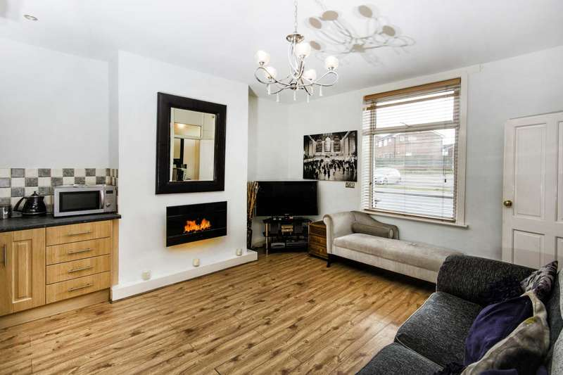 1 Bedroom Terraced House for sale in 51 Wakefield Road, Drighlington, BD11 1DH