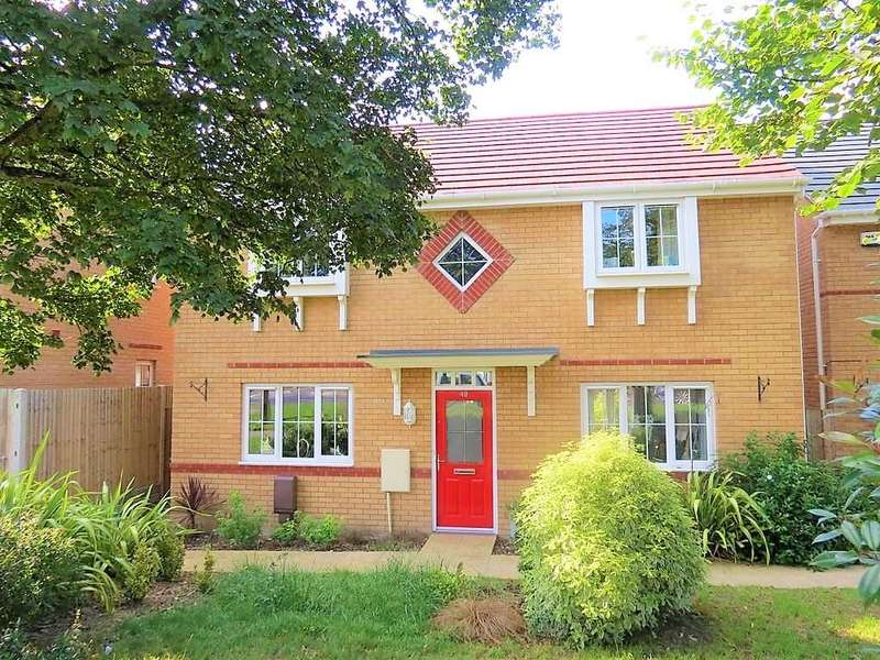 4 Bedrooms Detached House for sale in Jubilee Avenue, PORTSMOUTH, PO6 4QN